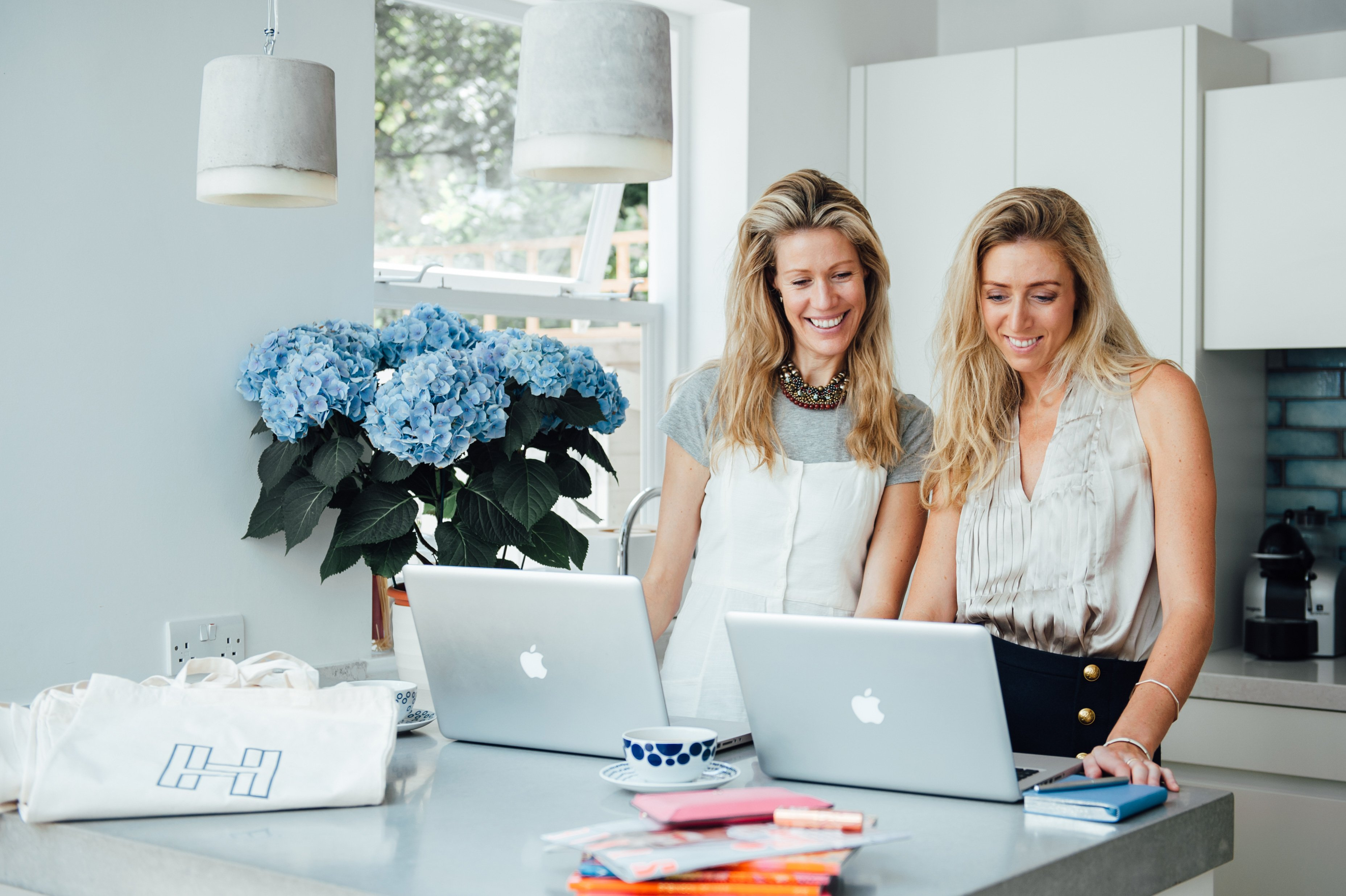 How the HøF Sisters Manage a Blog and Online Store