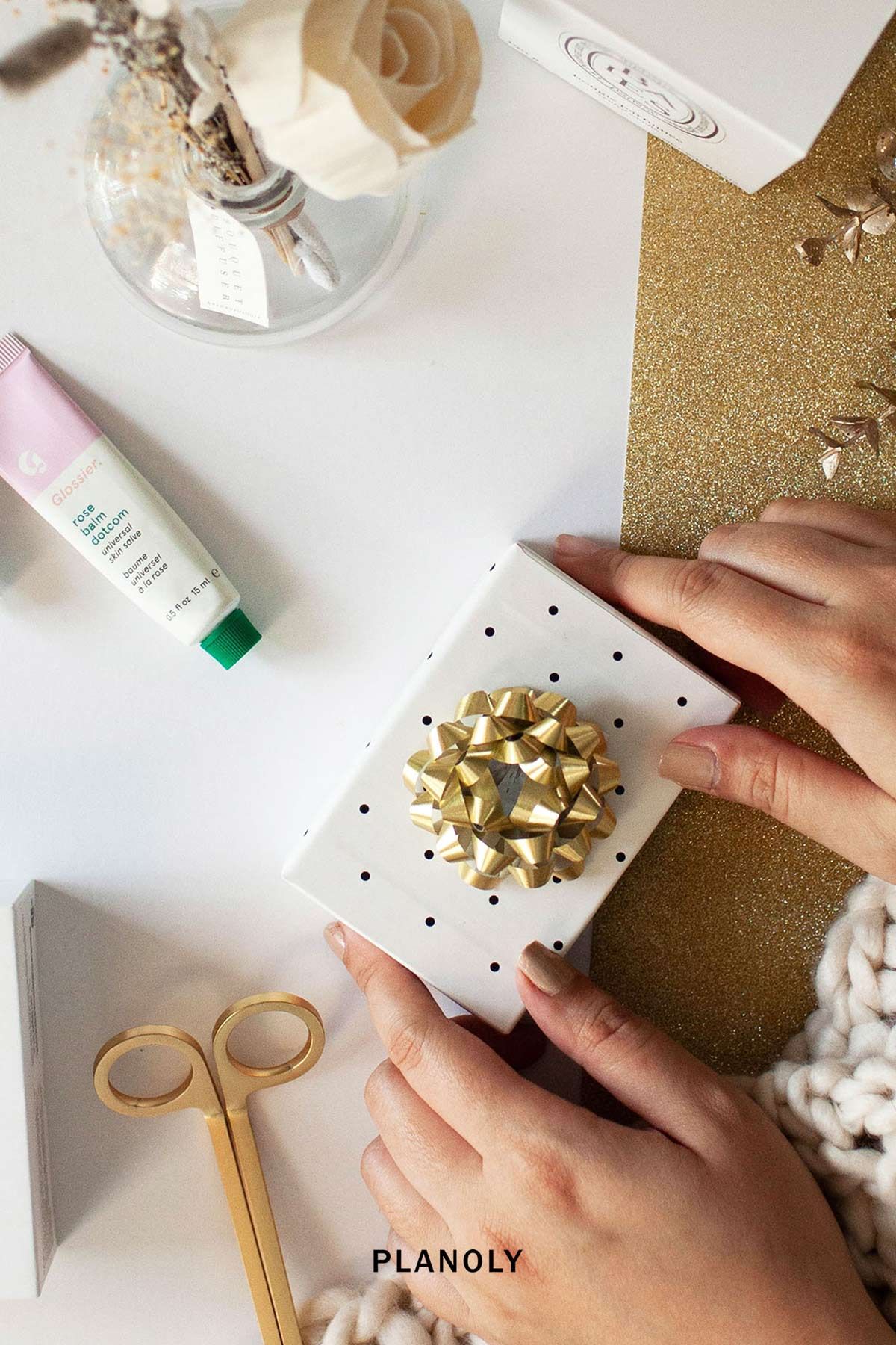 PLANOLY - Blog Post - How to Create a Gift Guide - Image 4