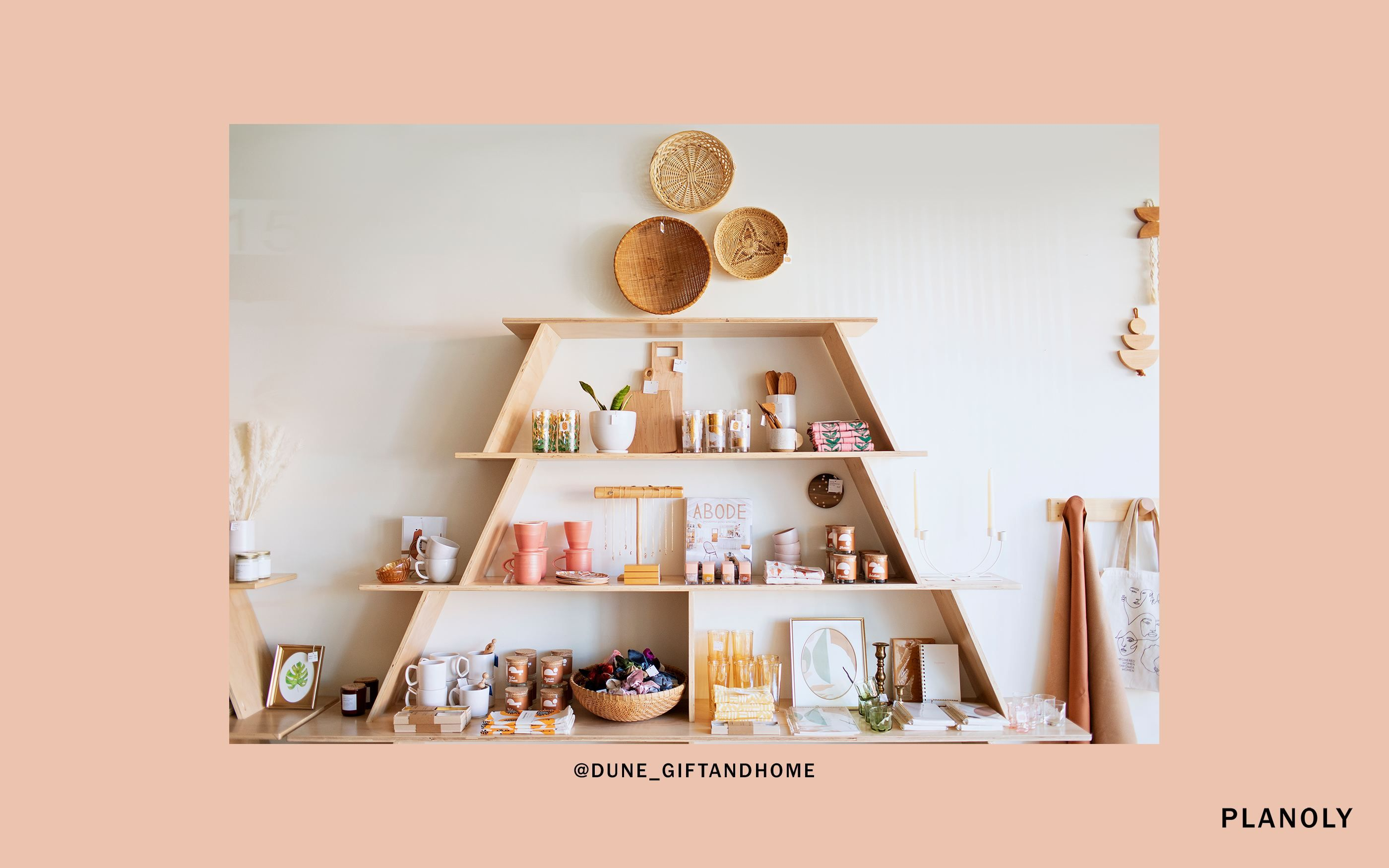 PLANOLY-Blog-Post-SMB-Case-Study-Cires-Jewelry-and-Gift-Shop-Image-6